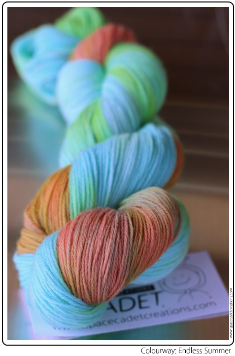 SpaceCadet Creations yarn in colourway Endless Summer